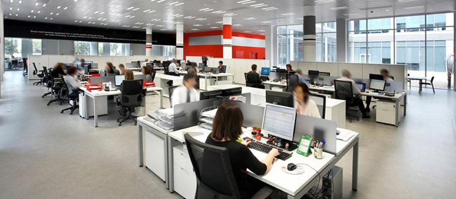 Oficinas abiertas pros y contras for Espacios para oficinas