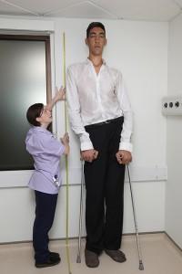 TallestMan_SultanKosen_Measurement