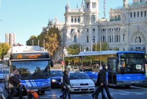 Paso de peatones en el centro de Madrid