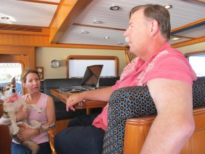 Ken y Roberta en su yate